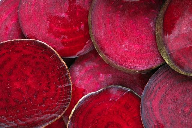 Červená repa nakrájaná na kolieska