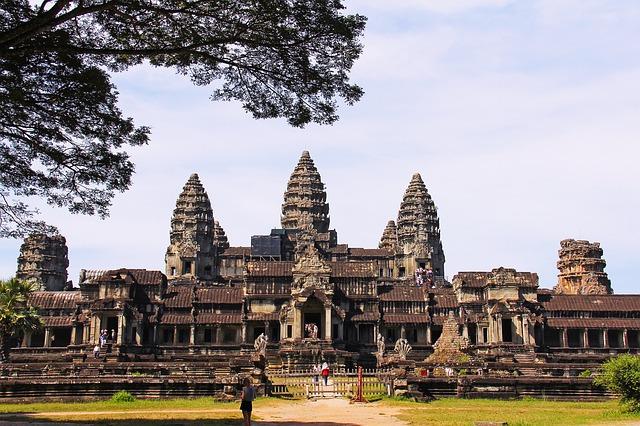 Tajuplný Angkor Wat.jpg