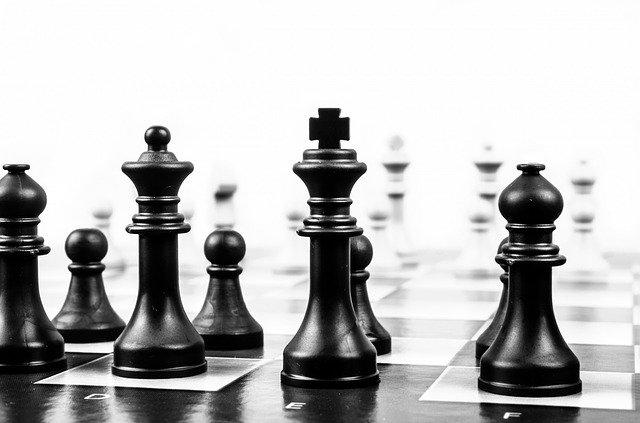 šachové figúrky.jpg